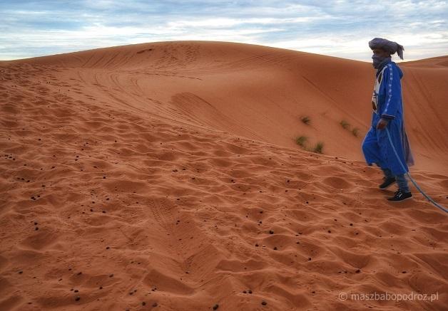 Beduin. Pustynia w Maroko.